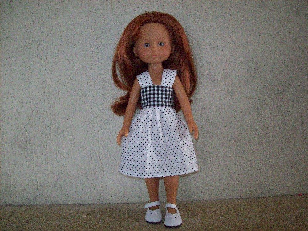 vêtements pour poupées de 32/33 cm compatible avec les chéries ou paola reina(robe)