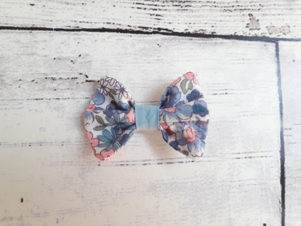 Jupe Fleur de printemps bleu Taille 4 ans