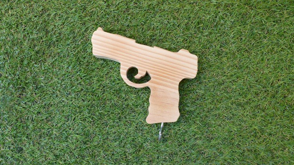 Porte-clefs revolver en bois