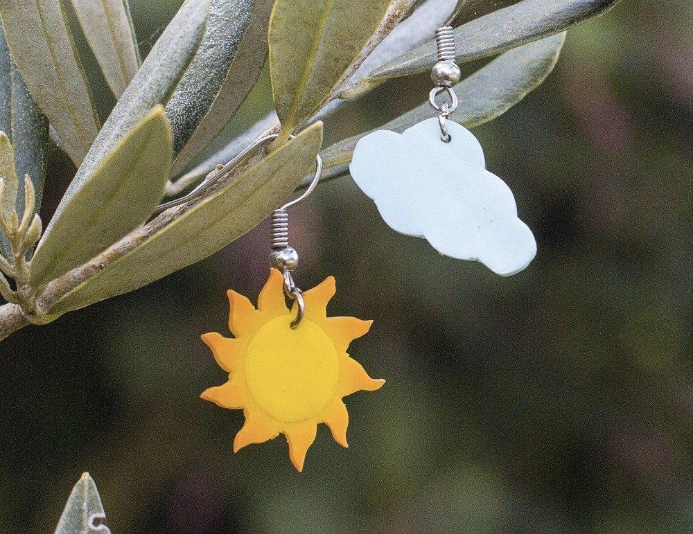 Soleil et nuage  - boucles d'oreilles pendantes