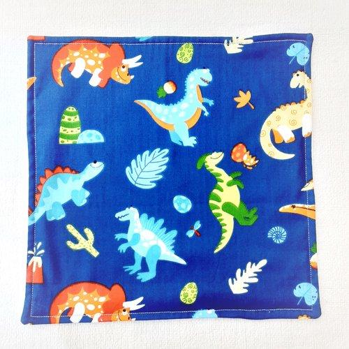 Serviette de table enfant - serviette de cantine - petits dinosaures