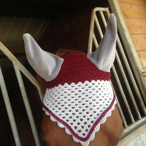 Bonnet crochet cheval