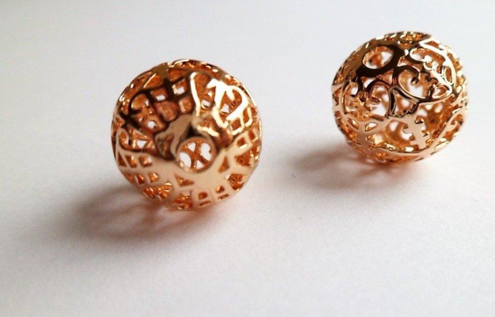Perles boules ajourées plaqué or