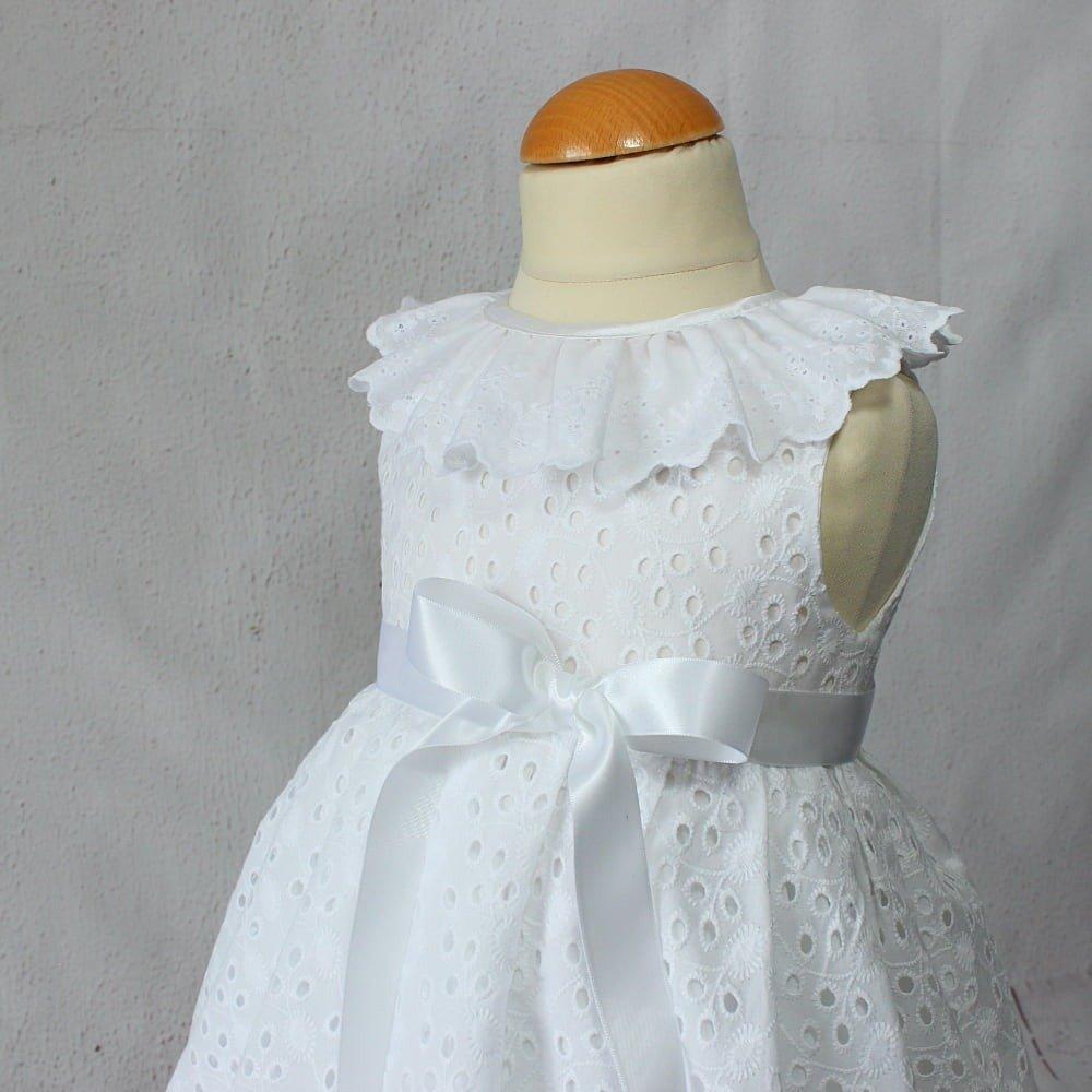 Robe De Bapteme Blanche Pour Bebe En Broderie Anglaise Vetement Ceremonie Fille Robe L Ete Bebe Un Grand Marche