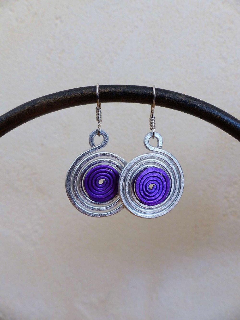 boucles d'oreilles spirales argentées-violettes