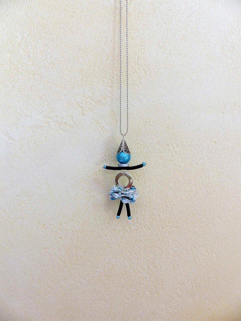 collier demoiselle tête Turquoise bleu jupe à motifs