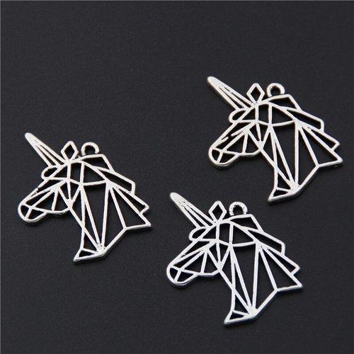 Breloque tete de licorne origami metal argente
