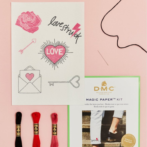 Kit magic paper love collection en broderie traditionnelle dmc
