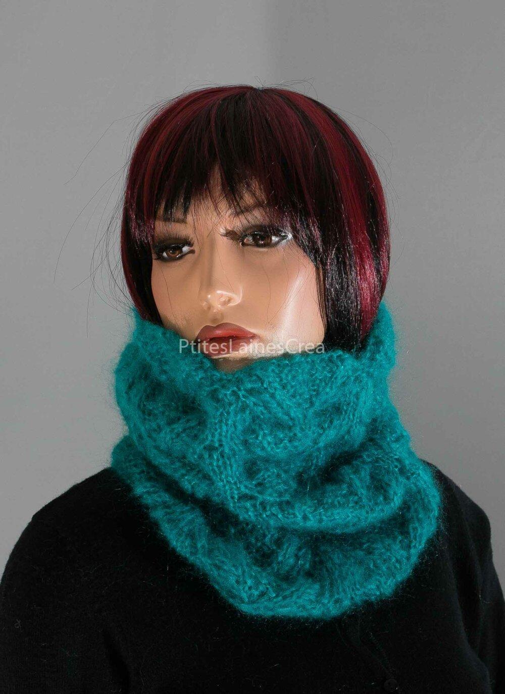 Col tricoté en kid-mohair et soie, snood, tour de cou, bleu turquoise, fait-main.