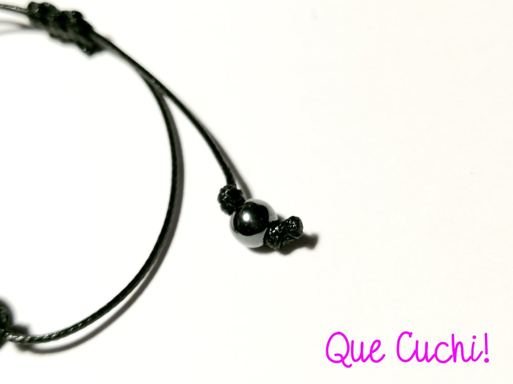 Bracelet cordon 3 perles d'Hématite
