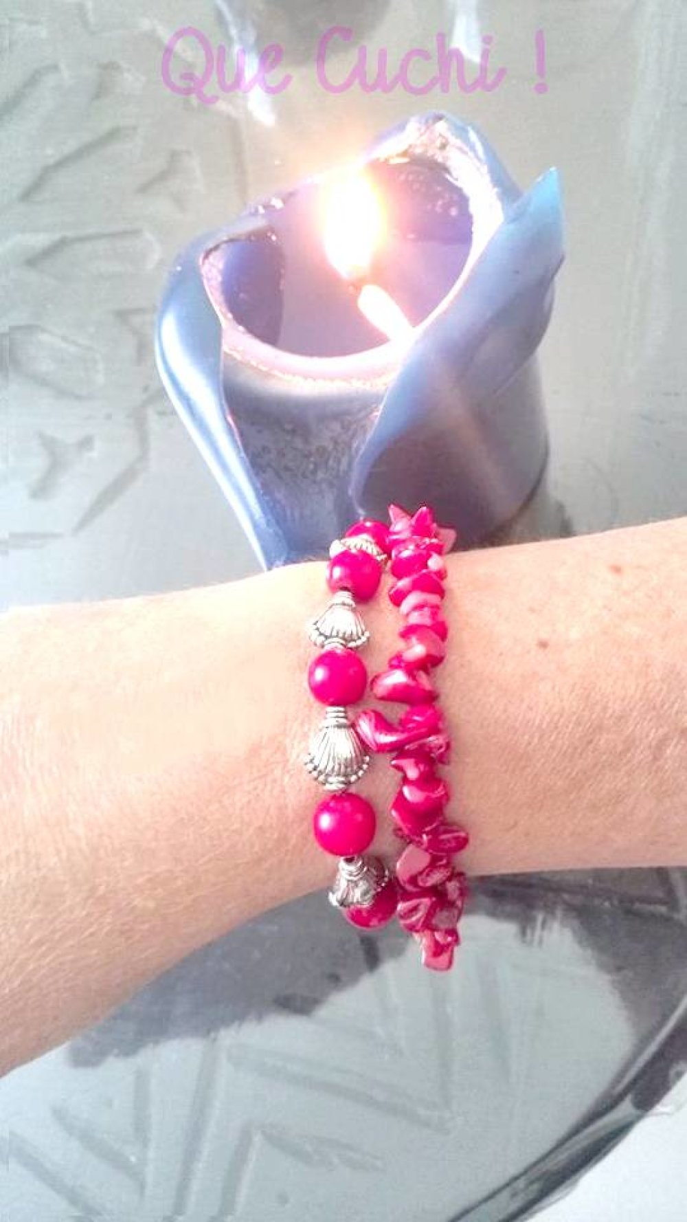 Bracelet élastique avec des perles coquillage et Corail