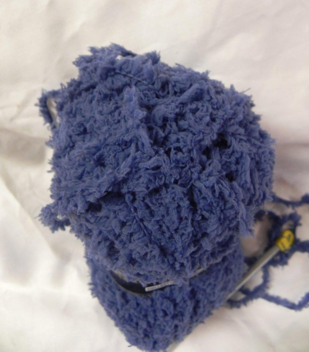 pelote laine bleu pétrole 100 % polyester aiguilles 5.5