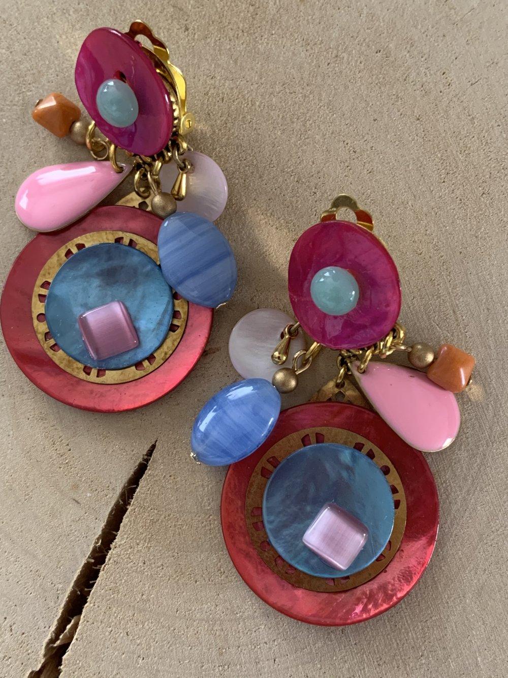 boucles d'oreilles clips rose turquoise blanc et dorée