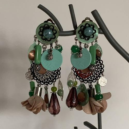 Boucles d'oreilles clips fantaisies verte et marron