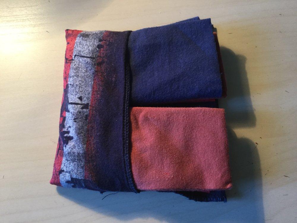 Pochette mouchoirs tissus