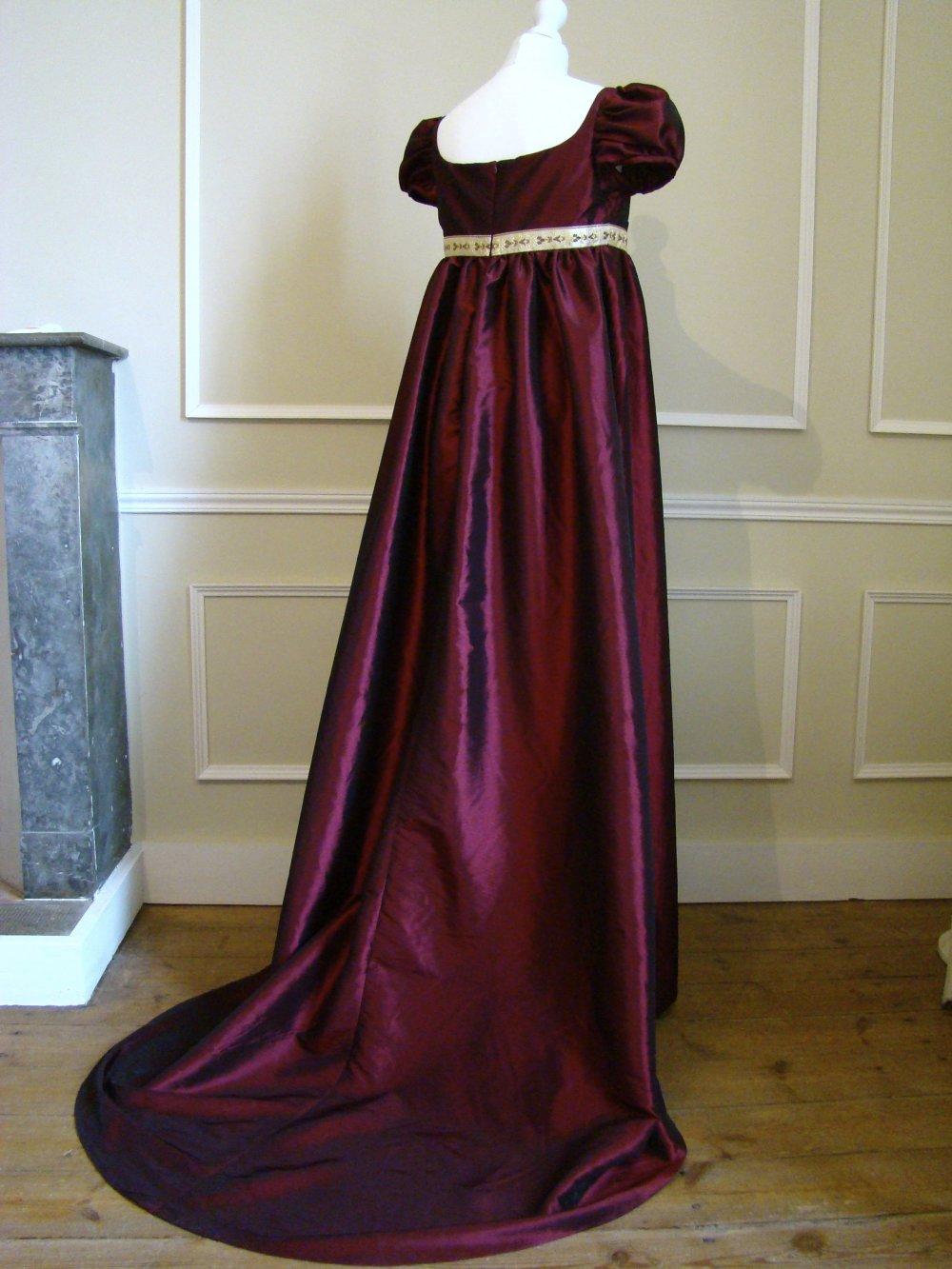 Robe Robe historique femme 1er Empire Joséphine en taffetas