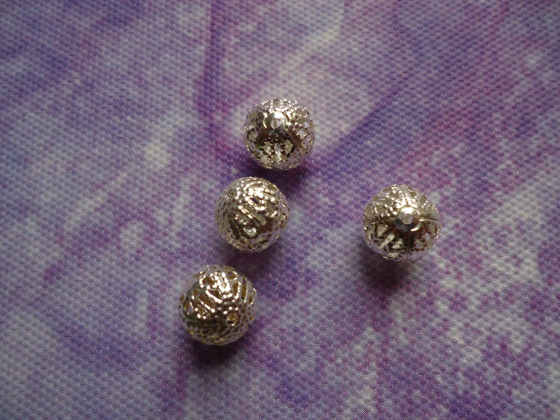 Perles intercalaires boule filigrane argentée en lot de 10