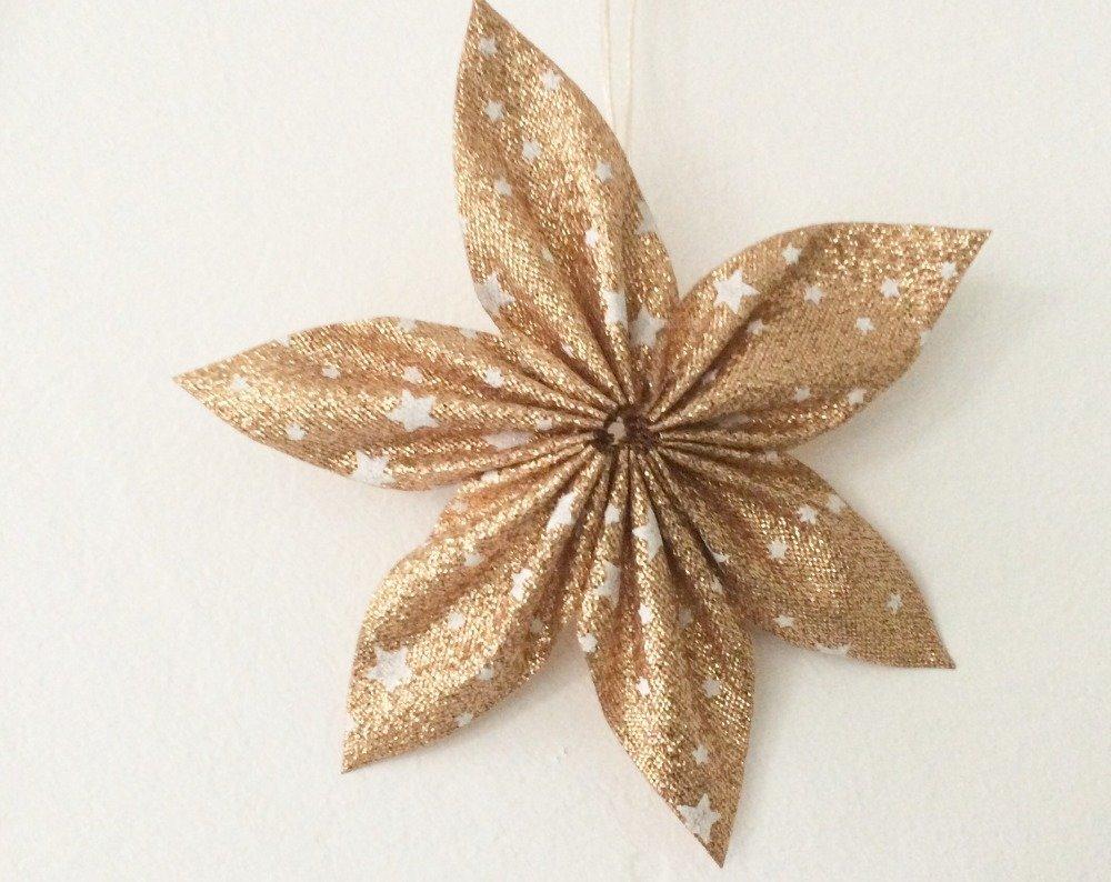 suspension /décoration de noël étoile doré et blanc