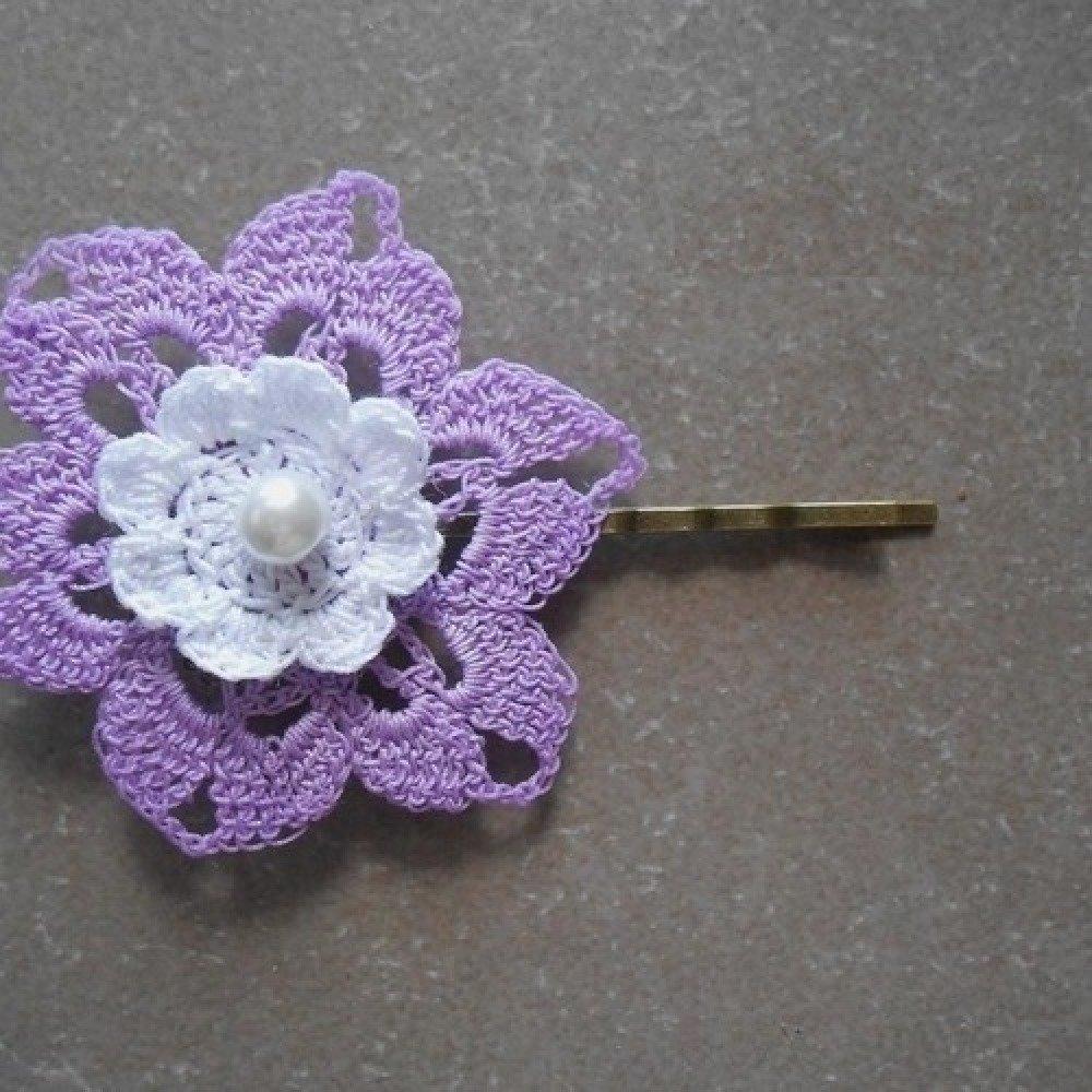 pince au crochet/barrette fleur violete,bijoux au crochet