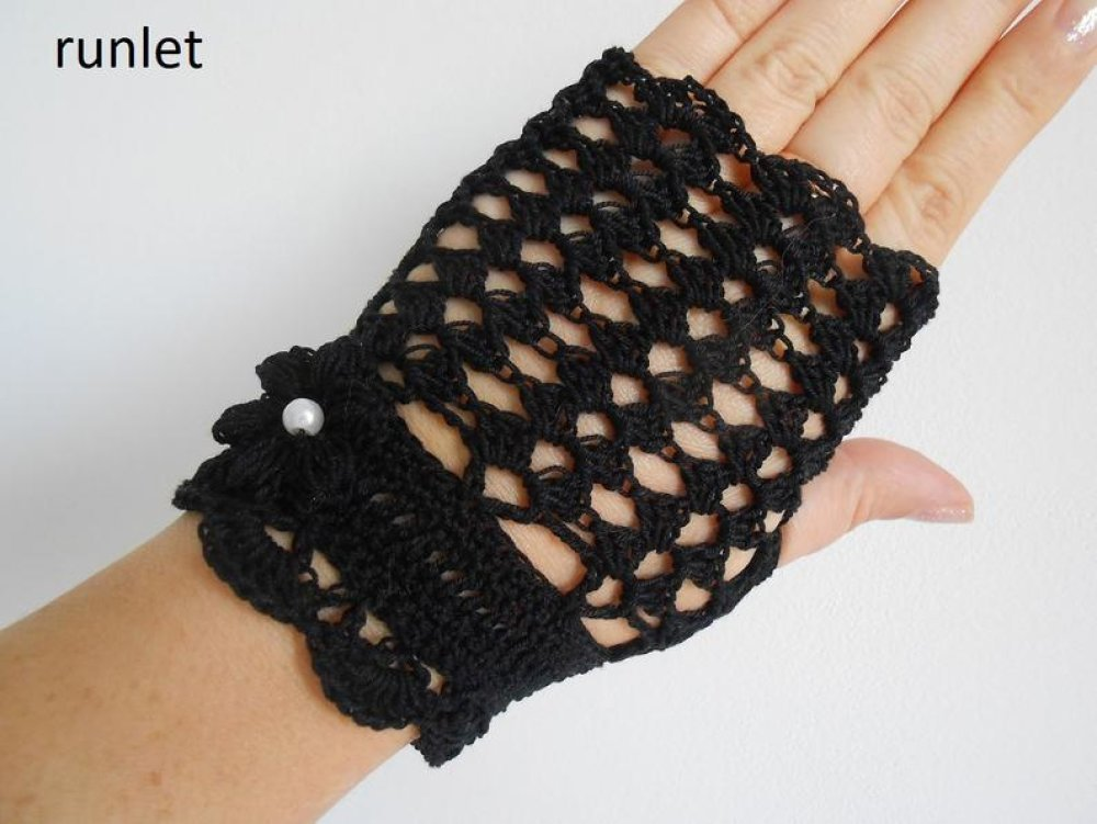 mitaines dentelle noire au crochet anti uv,