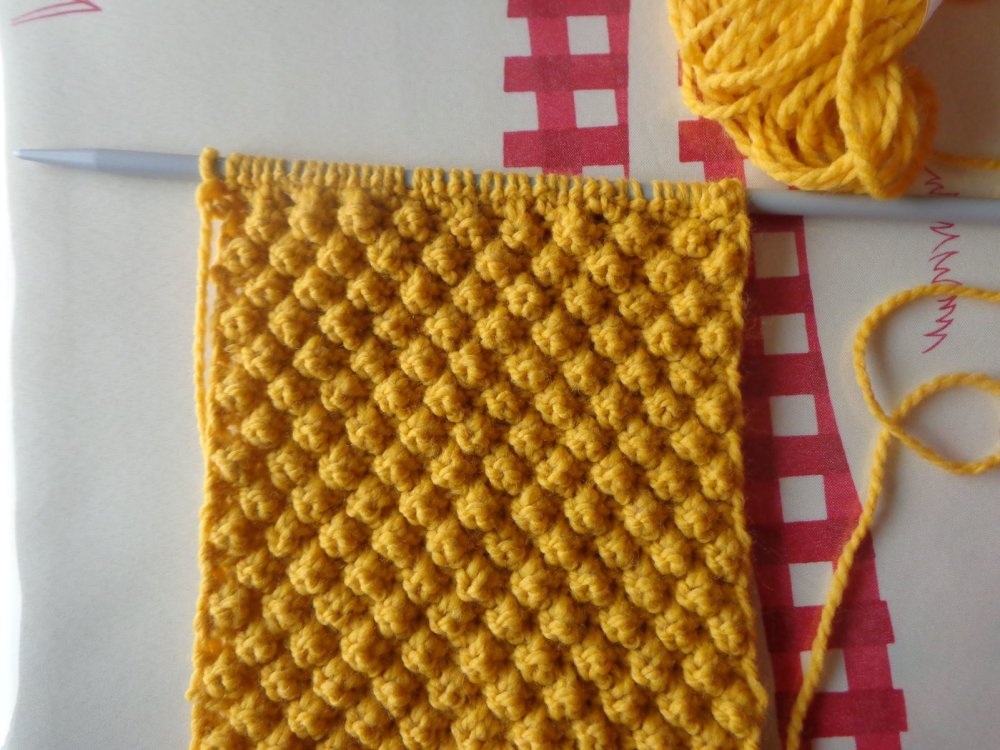 Echarpe femme motif d'Aran,point irlandais,laine acrylique coloris ocre,fait main,collection automne hiver,douce et chaude,Ryryse Créations