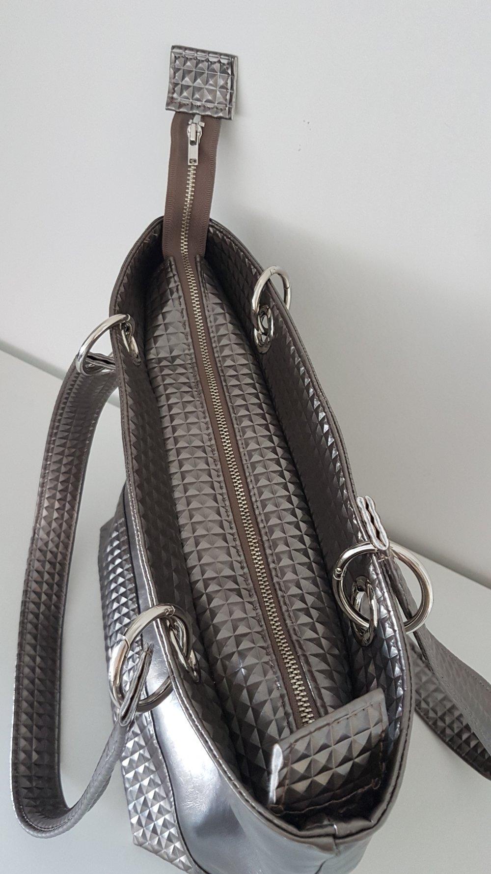 Sac cabas porté épaule, simili cuir lisse et 3d coloris bronze, doublure coton éventails rose, mousquetons, modèle unique