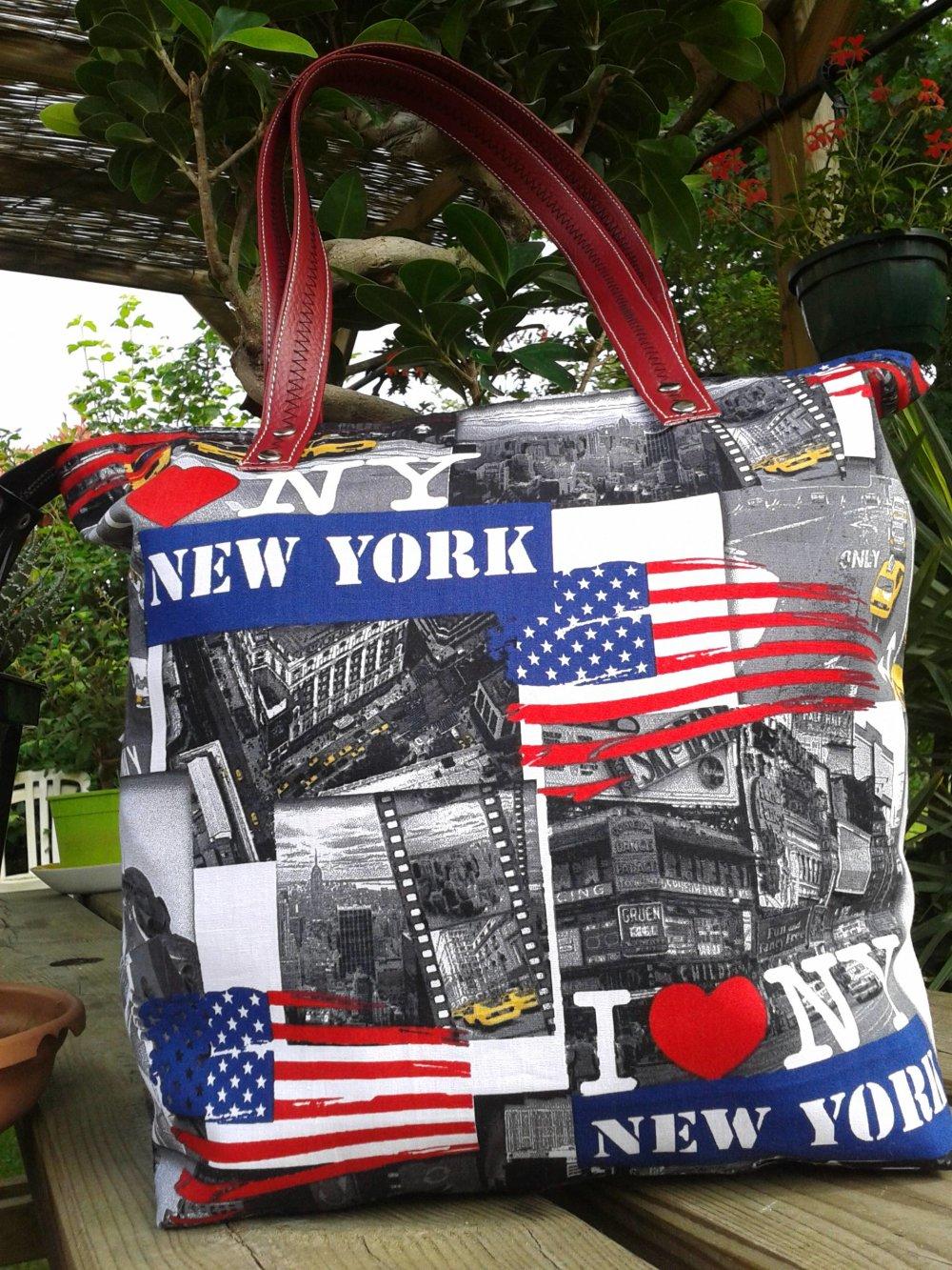 """mini cabas""""New-York"""" en tissumulticolore et simili cuir rouge et noir"""