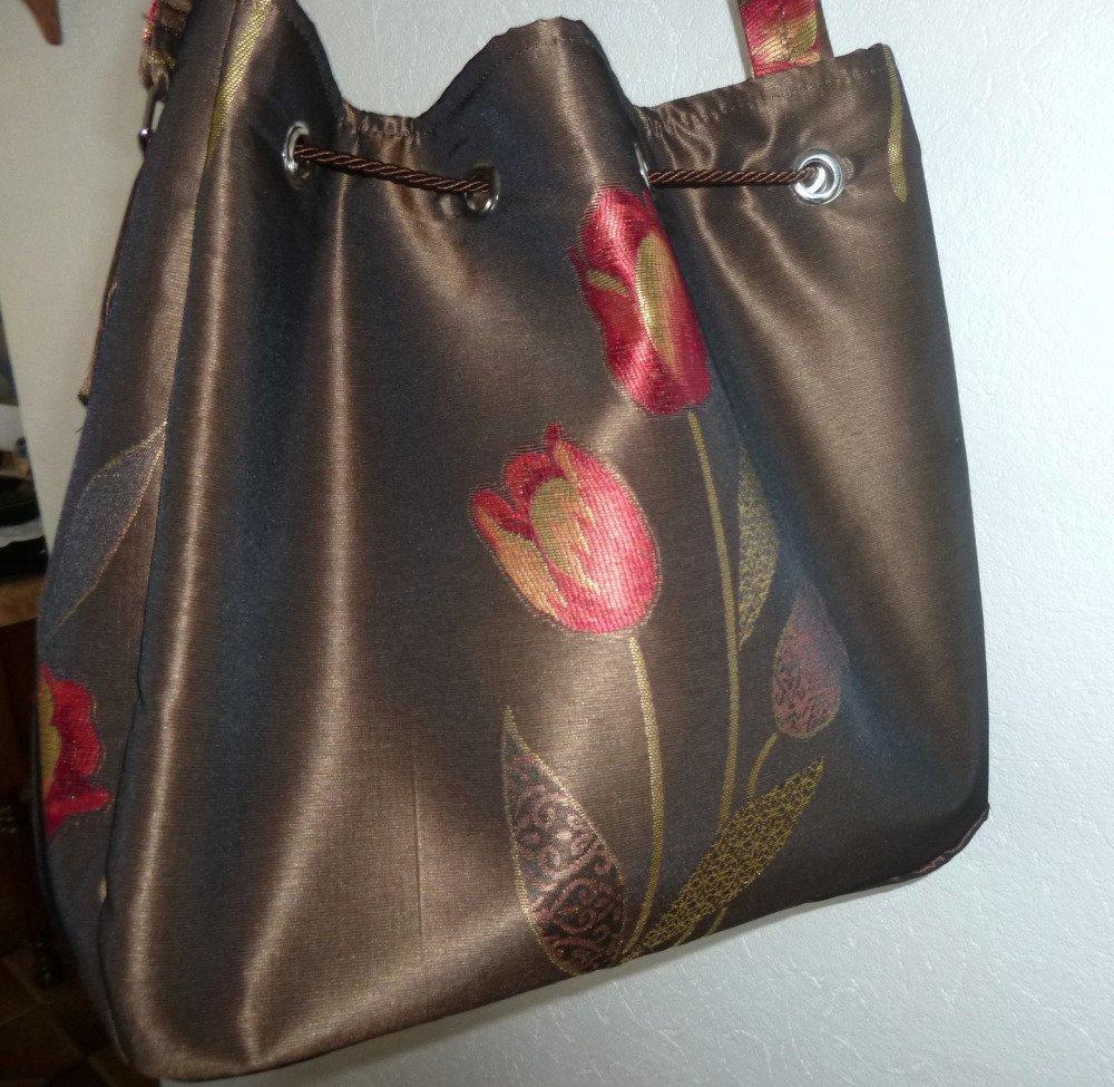 Sac à bandoulière tulipes et sa pochette assortie