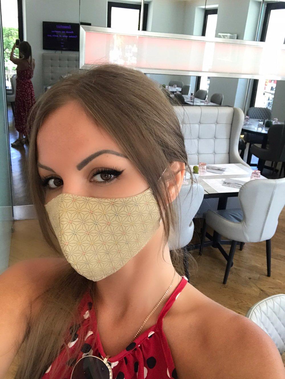 Masque facial en tissu pour adulte / Taupe