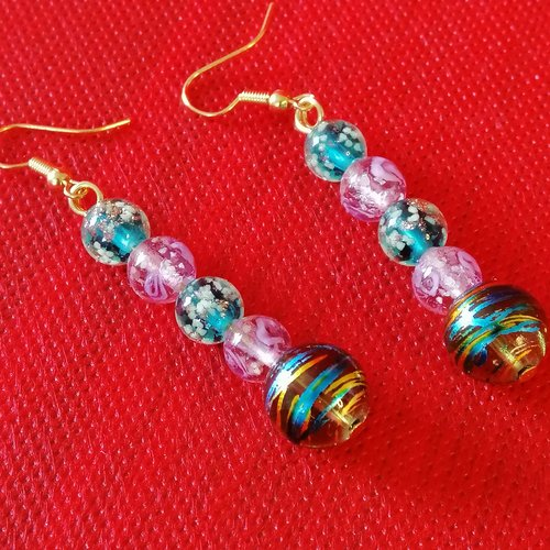 Pendants d'oreilles en perles de verre