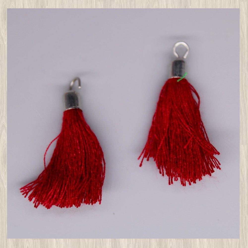 Lot de 2 breloques pompon coton rouge foncé 4 cm