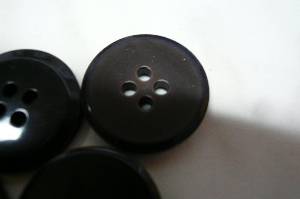 boutons marron vert nacré , neufs , 2 cm , b33
