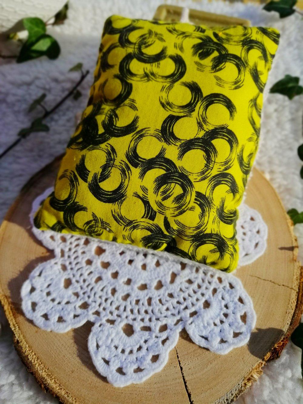 Eponge lavable en coton jaune et noir et micro éponge de bambou bio