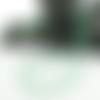 Collier perles de nacre et perles facettes cristal vert