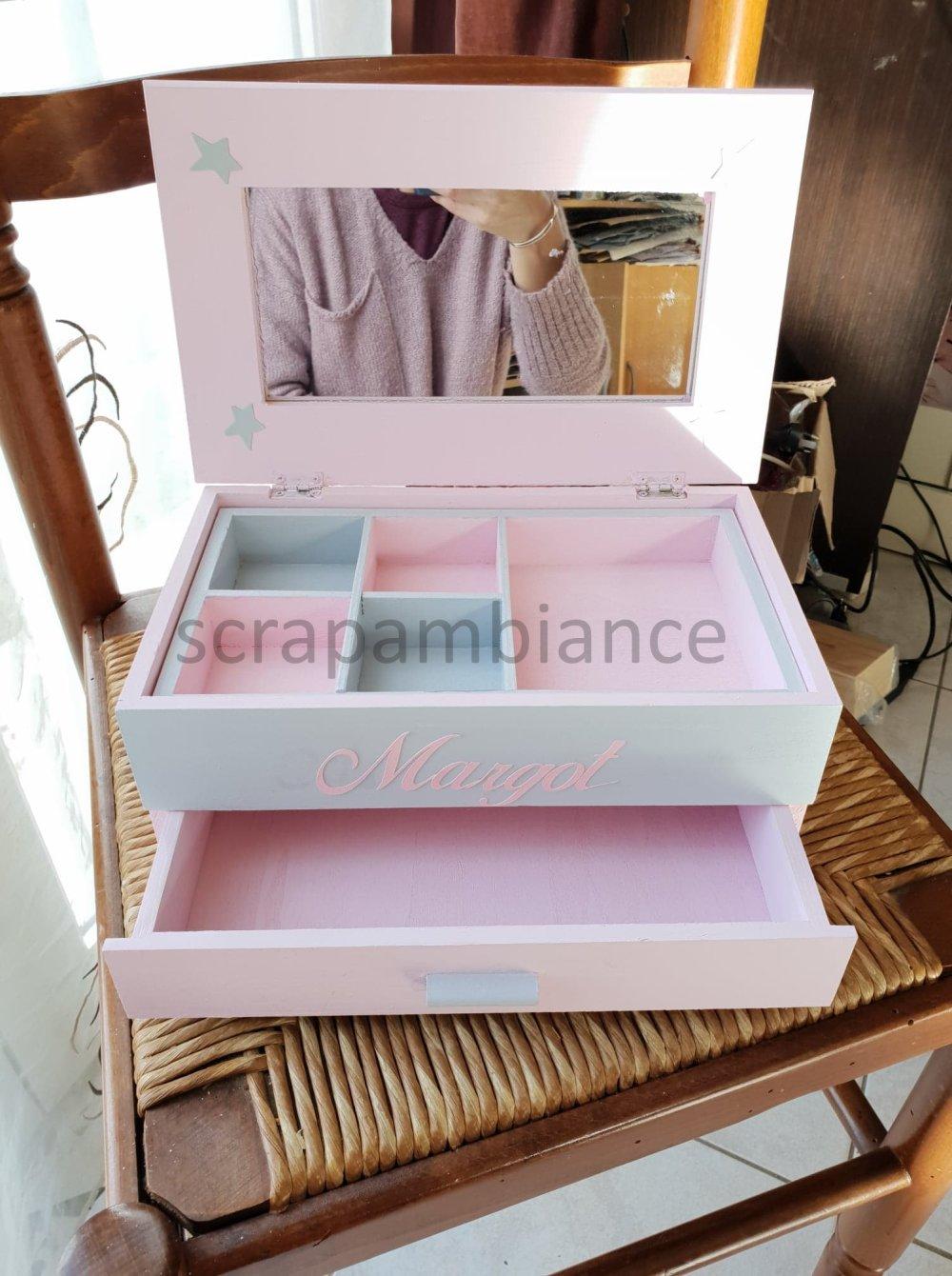 boîte à bijoux 28x17cm avec prénom : rose poudre et gris clair thème étoiles
