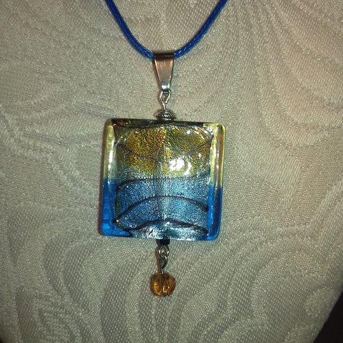 Collier pendentif verre style murano