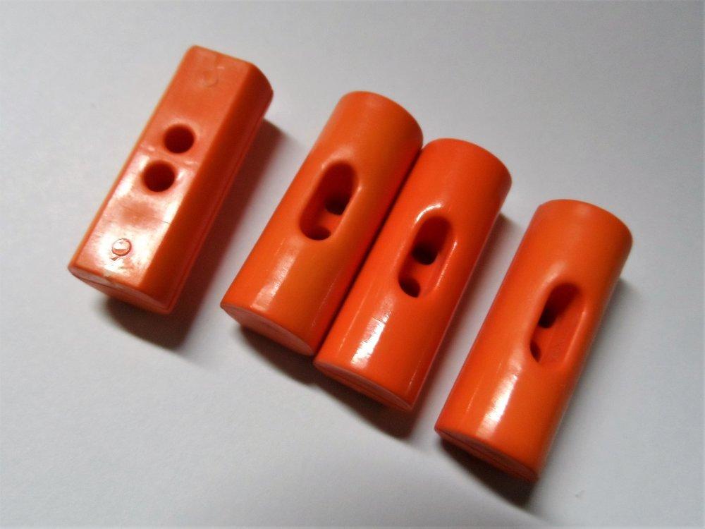 4 Boutons bûchette 2 trous plastique 24 mm orange