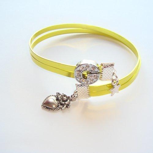Bracelet fil aluminium plat lettre strass