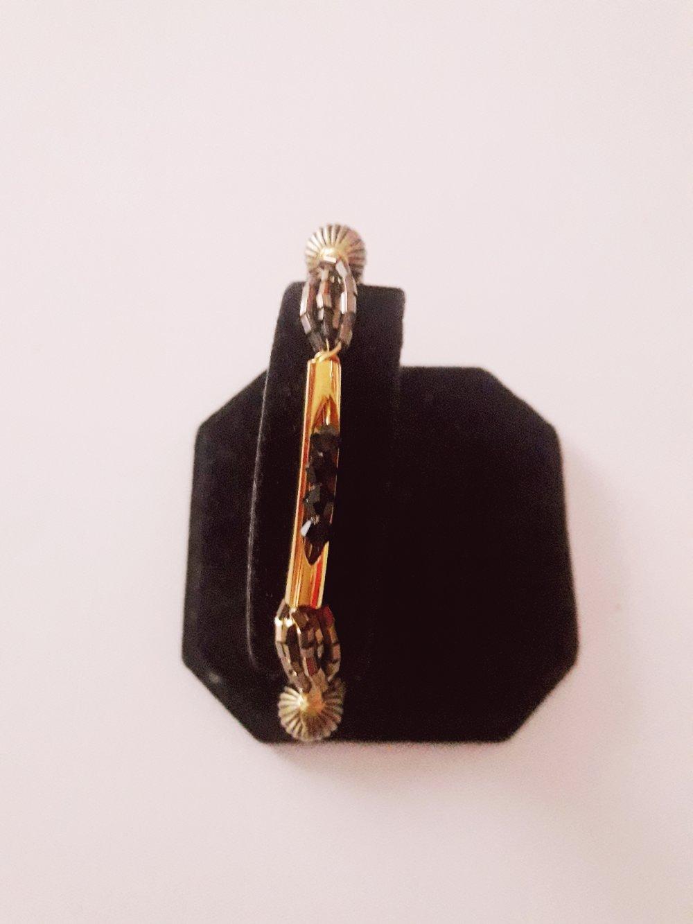 Bracelet fil aluminium perle intercalaire tube/doré noir (vendu)