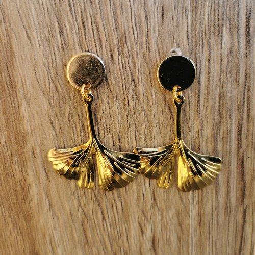 Boucles d'oreilles ginkgo biloba dorées