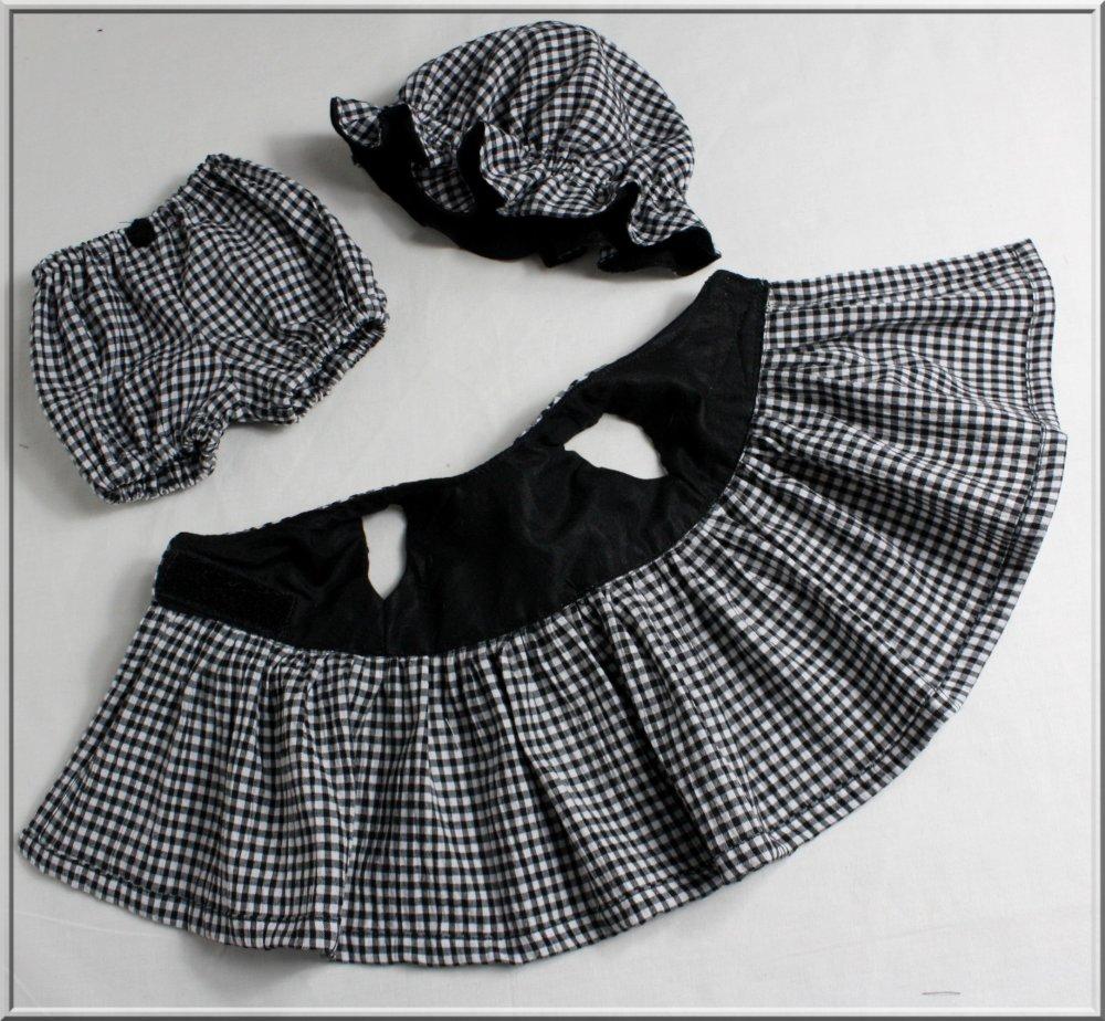 Robe cache-cœur, charlotte et bloomer pour poupée, poupon 28/30/34 cm