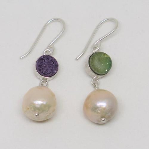 Boucles d'oreilles perles et agate druzy argent massif. boucles d'oreille pendantes. fait main en france
