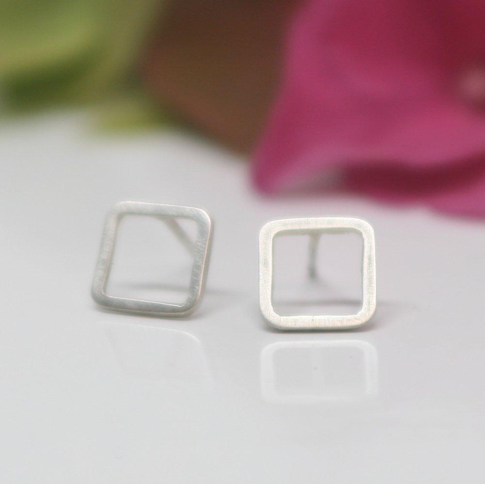 Boucles d'oreilles carré argent massif 950, Bijoux minimaliste, Boucles d'oreilles discrètes