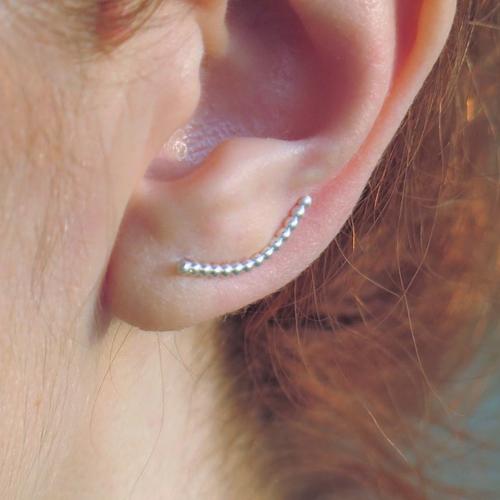 Manchette d'oreille argent massif. contour d'oreille boules argent. boucle grimpante
