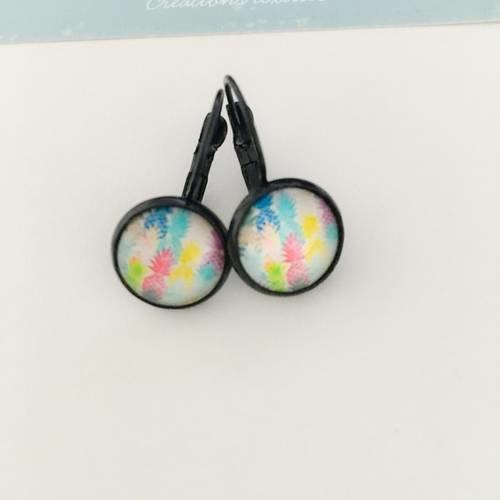 Boucles d'oreilles dormeuses cabochon motif ananas multicolore
