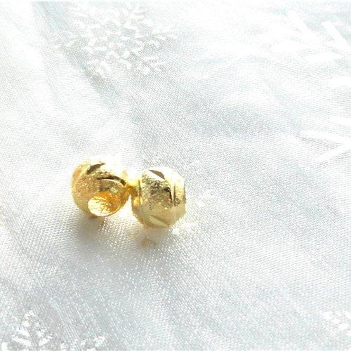 Perle rondes dorées , perle passant, laiton doré, trou, 4 mm