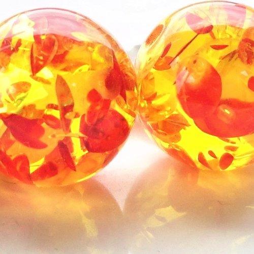Perle ronde 15 mm, perle ambre, inclusion rouge, résine, doré,