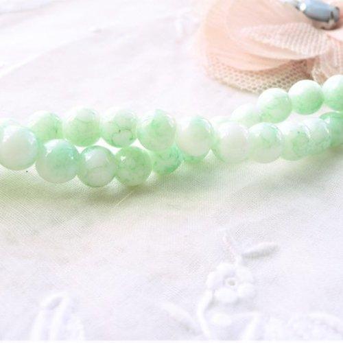 Perle de jade vert eau, jade blanc , jadéite teint, rond, vert, 6 mm