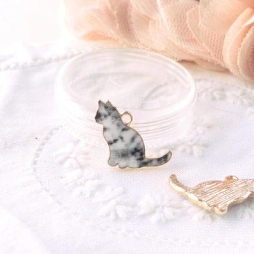 Breloque émaillée pendentif, breloques et pendentifs, perle émaillée,émail chat, charm