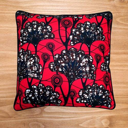 Coussin carrée déhoussable - wax feuilles de palmier rouge